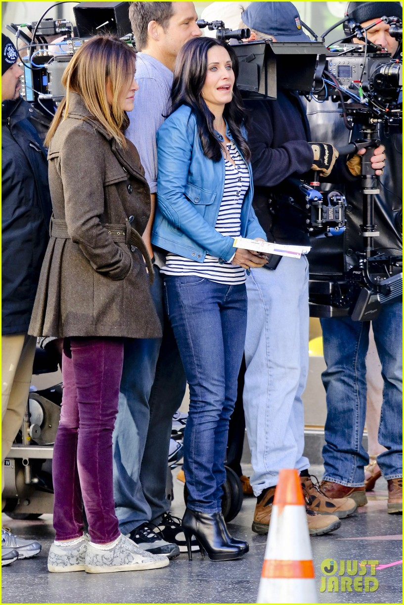 courteney cox back to work on cougar town 012778789