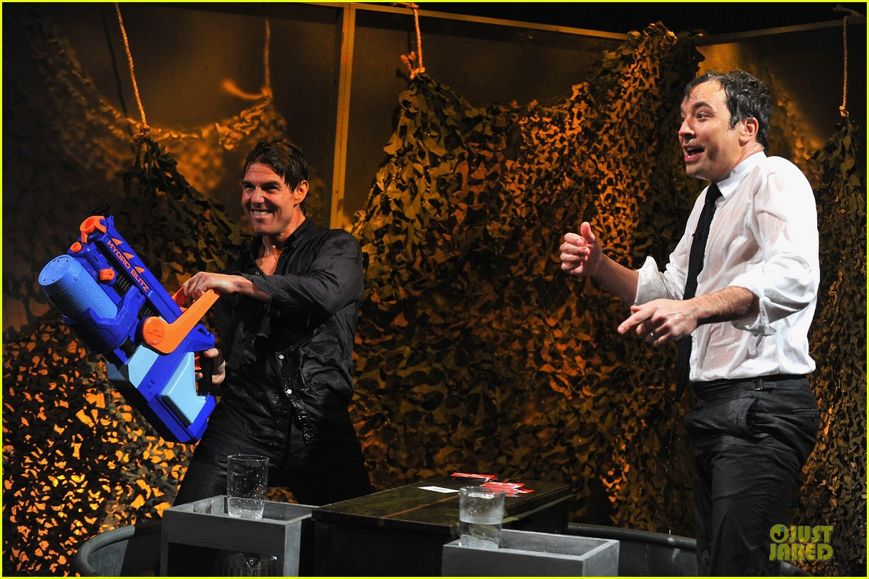 tom cruise water war with jimmy fallon 07