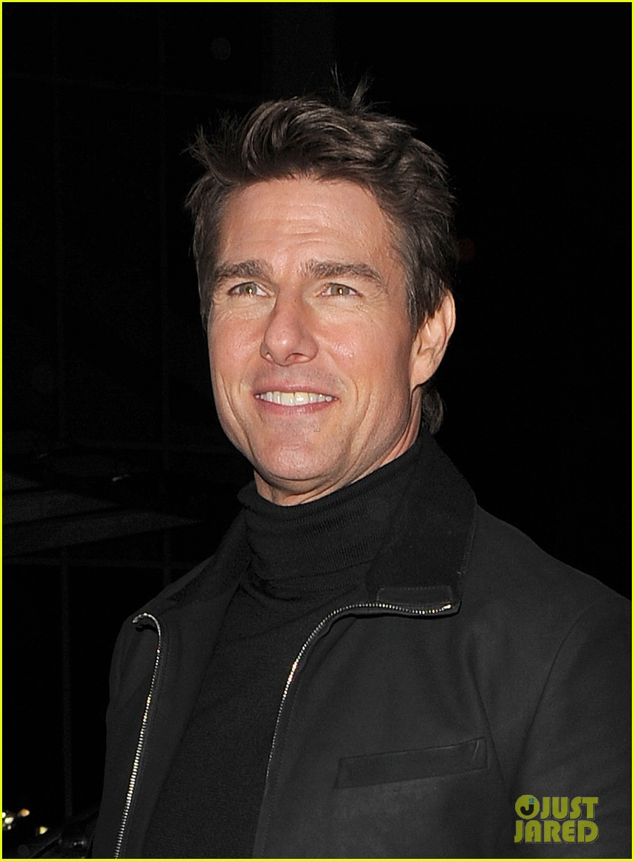 tom cruise spending christmas with kids 03