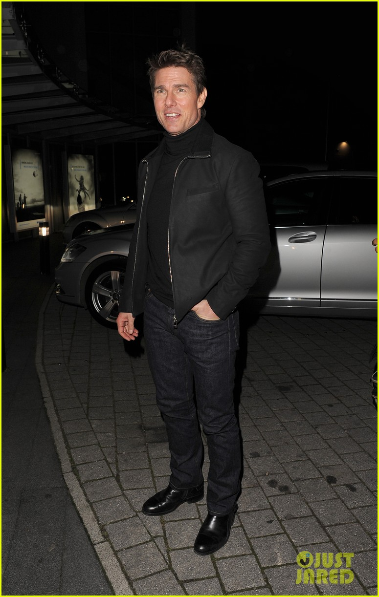 tom cruise spending christmas with kids 23