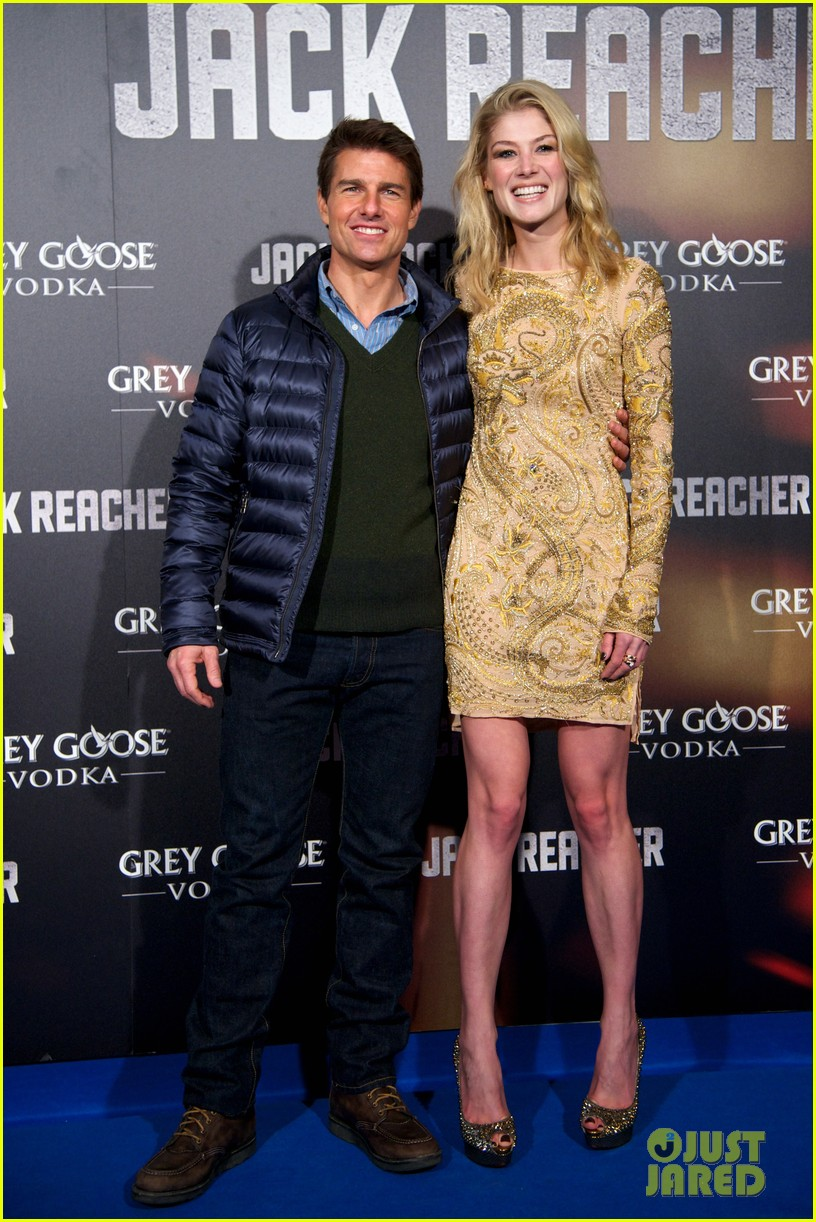 tom cruise rosamund pike jack reacher madrid premiere 112775470