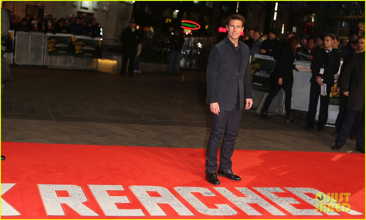 tom cruise rosamund pike jack reacher world premiere 12