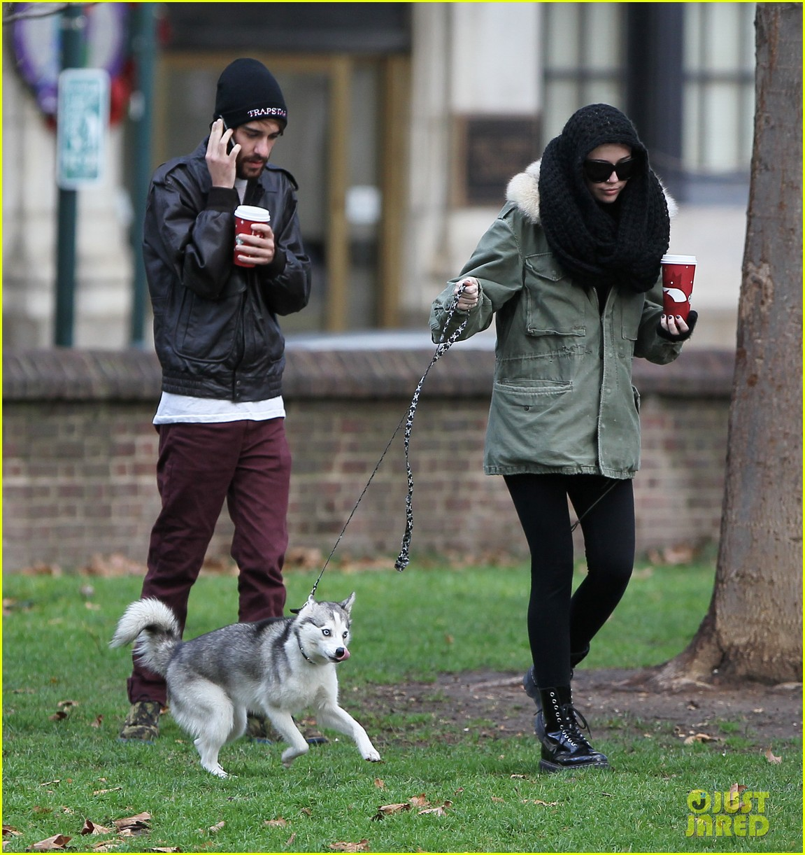 miley cyrus bundles up for philly dog walk 03