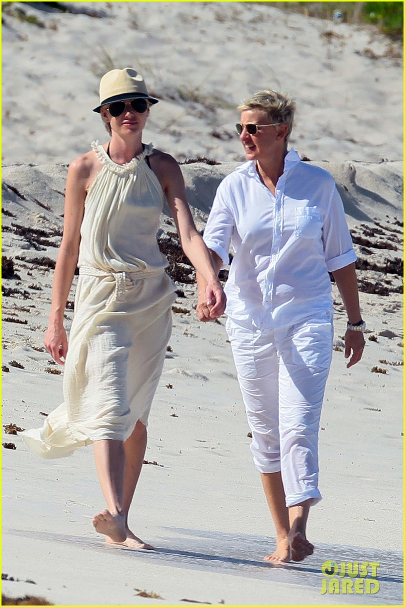 ellen degeneres portia de rossi holding hands in st barts 01