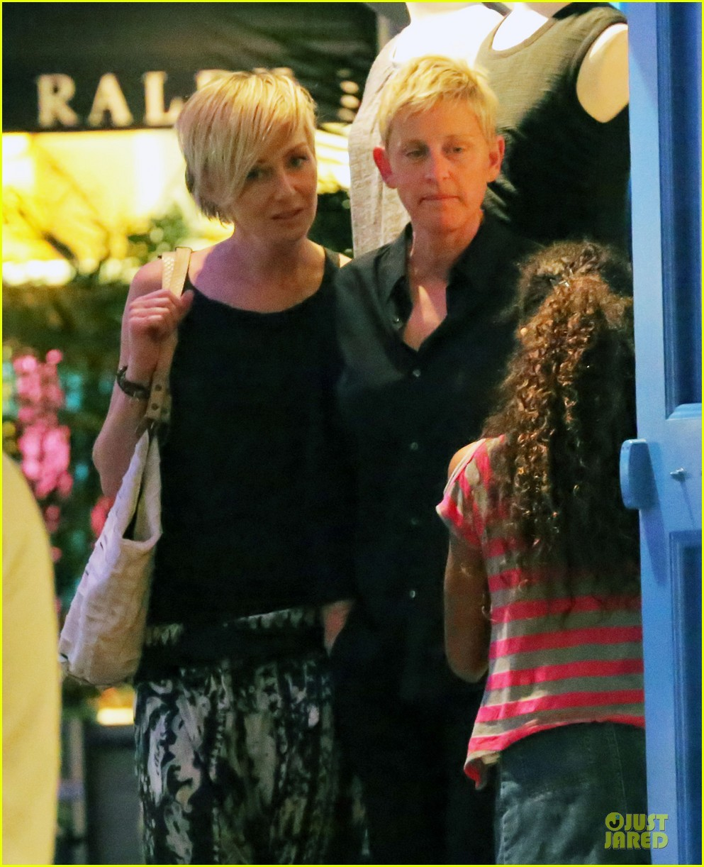 ellen degeneres & portia de rossi holiday jewelry shopping 02