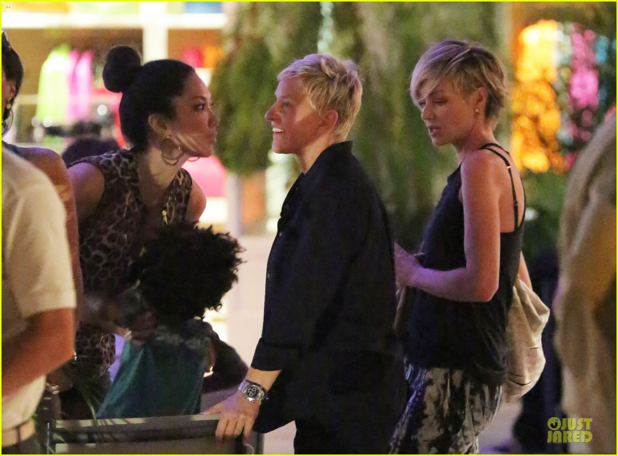 ellen degeneres & portia de rossi holiday jewelry shopping 04