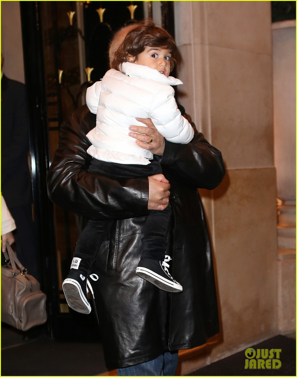 celine dion george v hotel exit with family 05