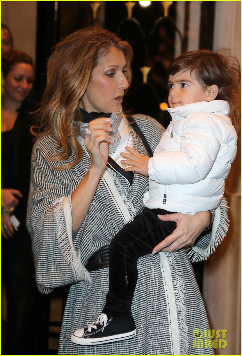 celine dion george v hotel exit with family 13