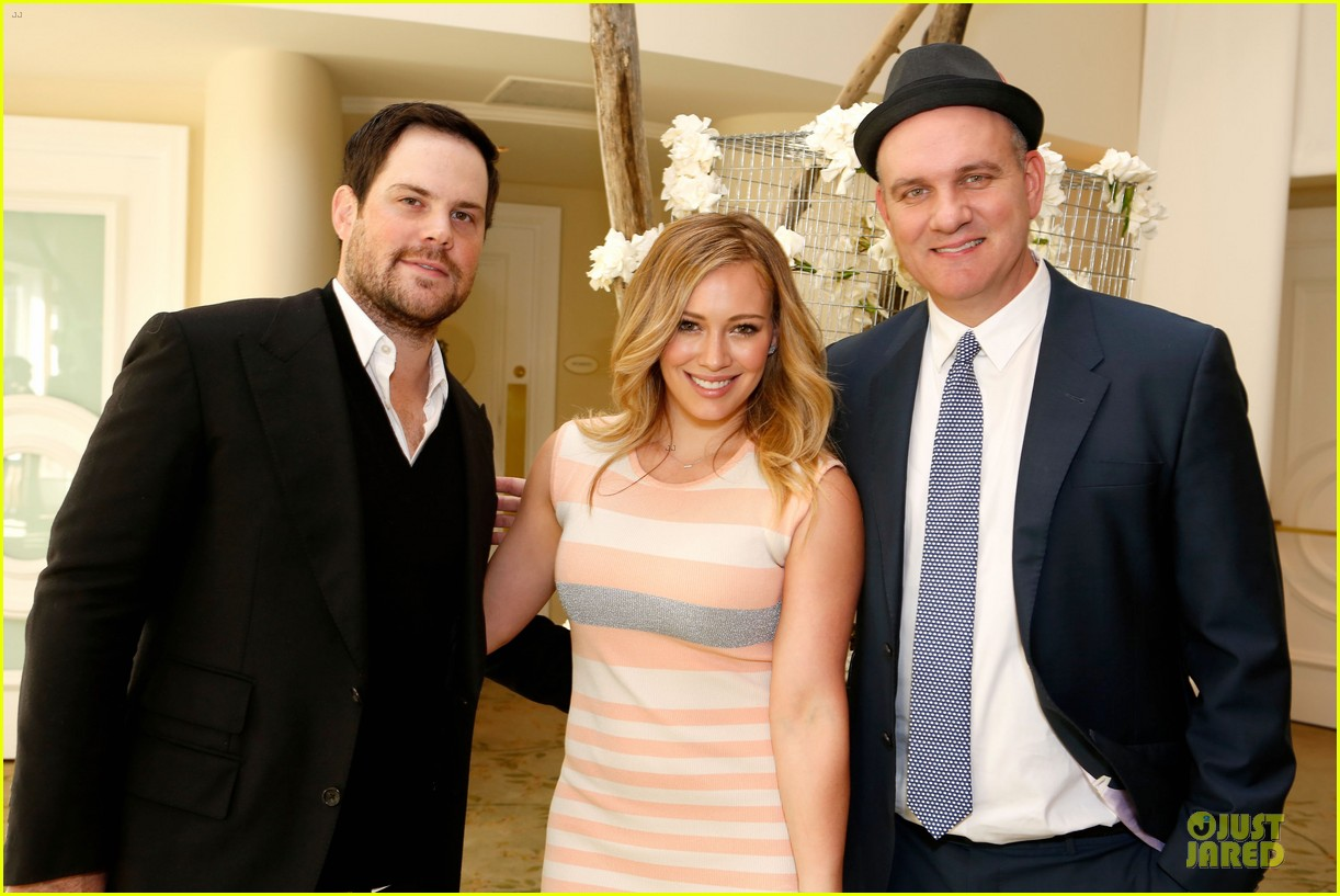 hilary duff mike comrie march of dimes 2012 04