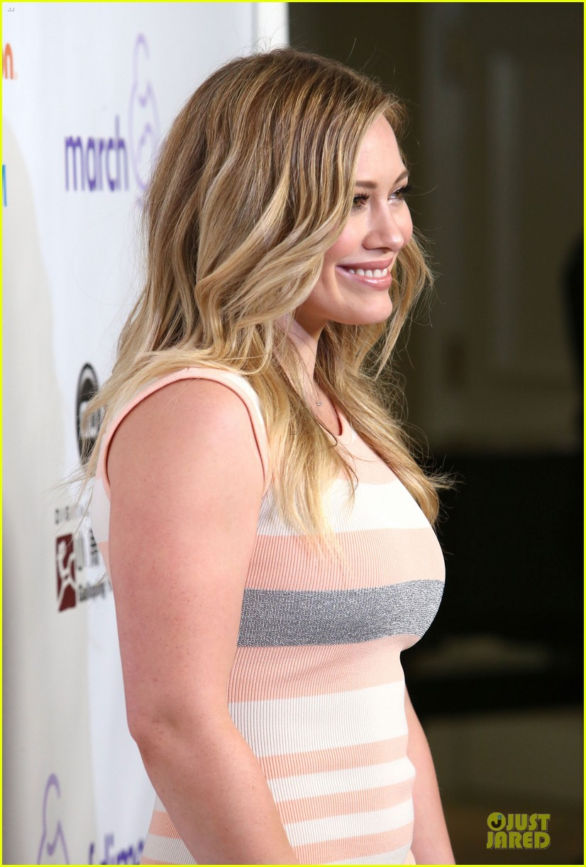 hilary duff mike comrie march of dimes 2012 18