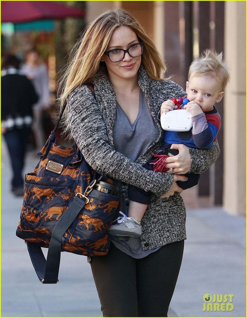 hilary duff doctors appointment with baby luca 01
