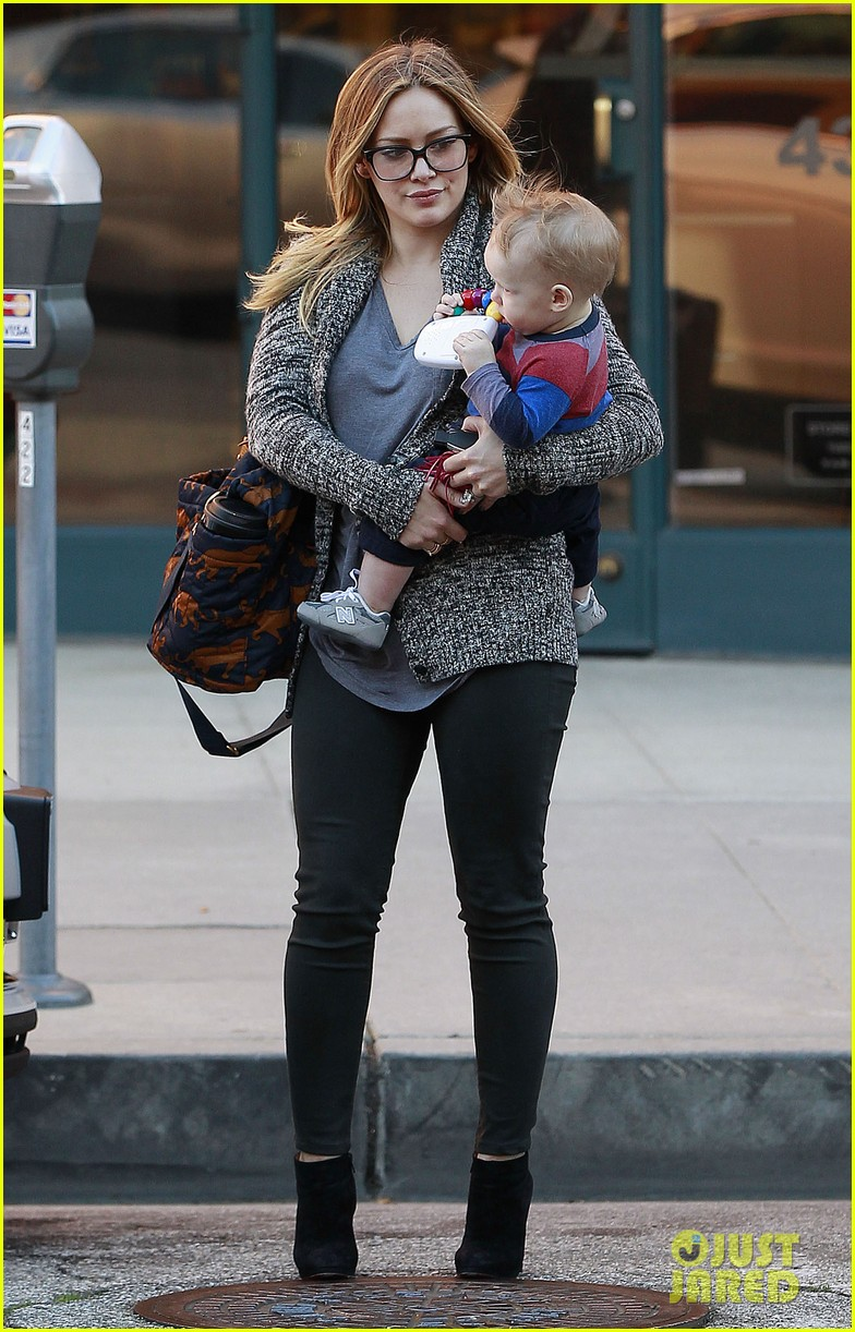 hilary duff doctors appointment with baby luca 02