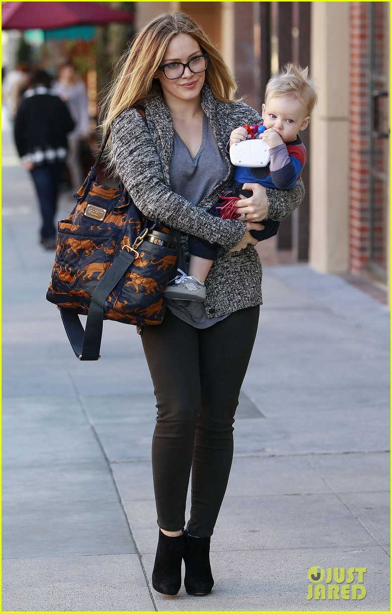 hilary duff doctors appointment with baby luca 10