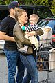 hilary duff & mike comrie grocery store kisses for luca 16