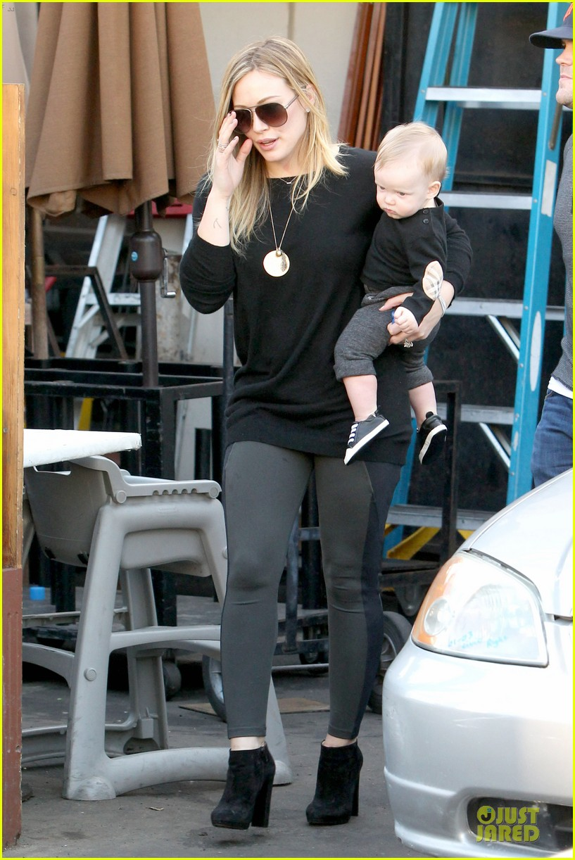 hilary duff matching outfit for lunch 13