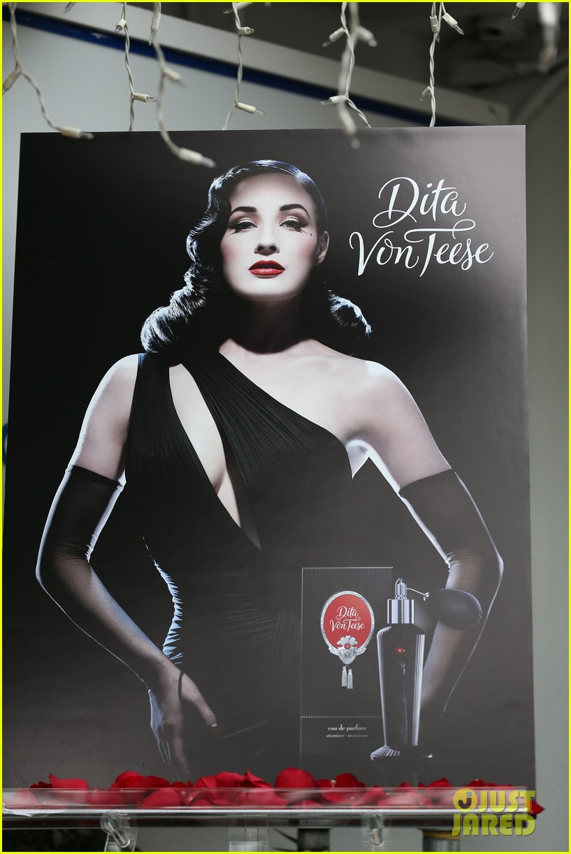 dita von teese rouge perfume launch 08