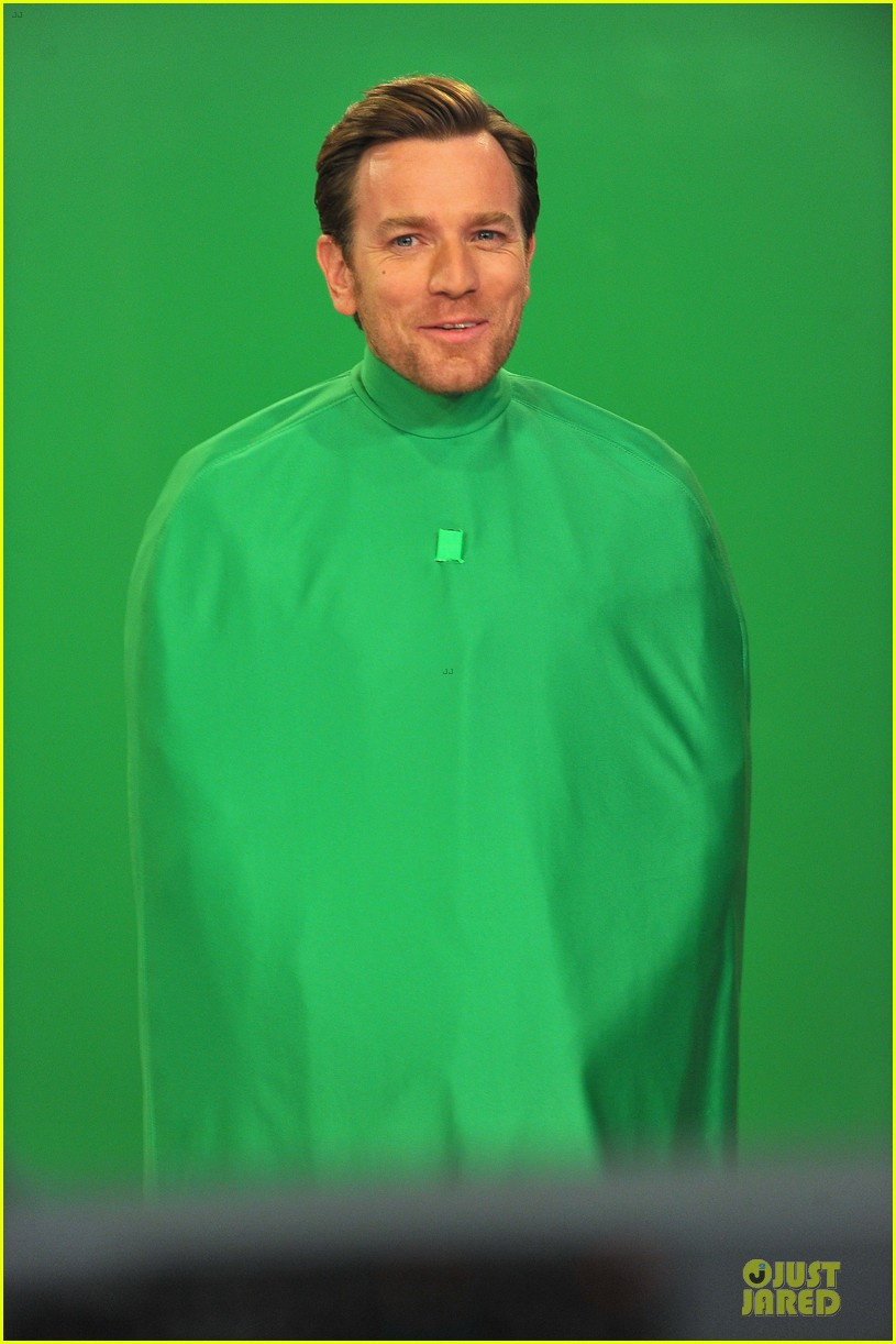 ewan mcgregor green screen fun with jimmy fallon 042777532