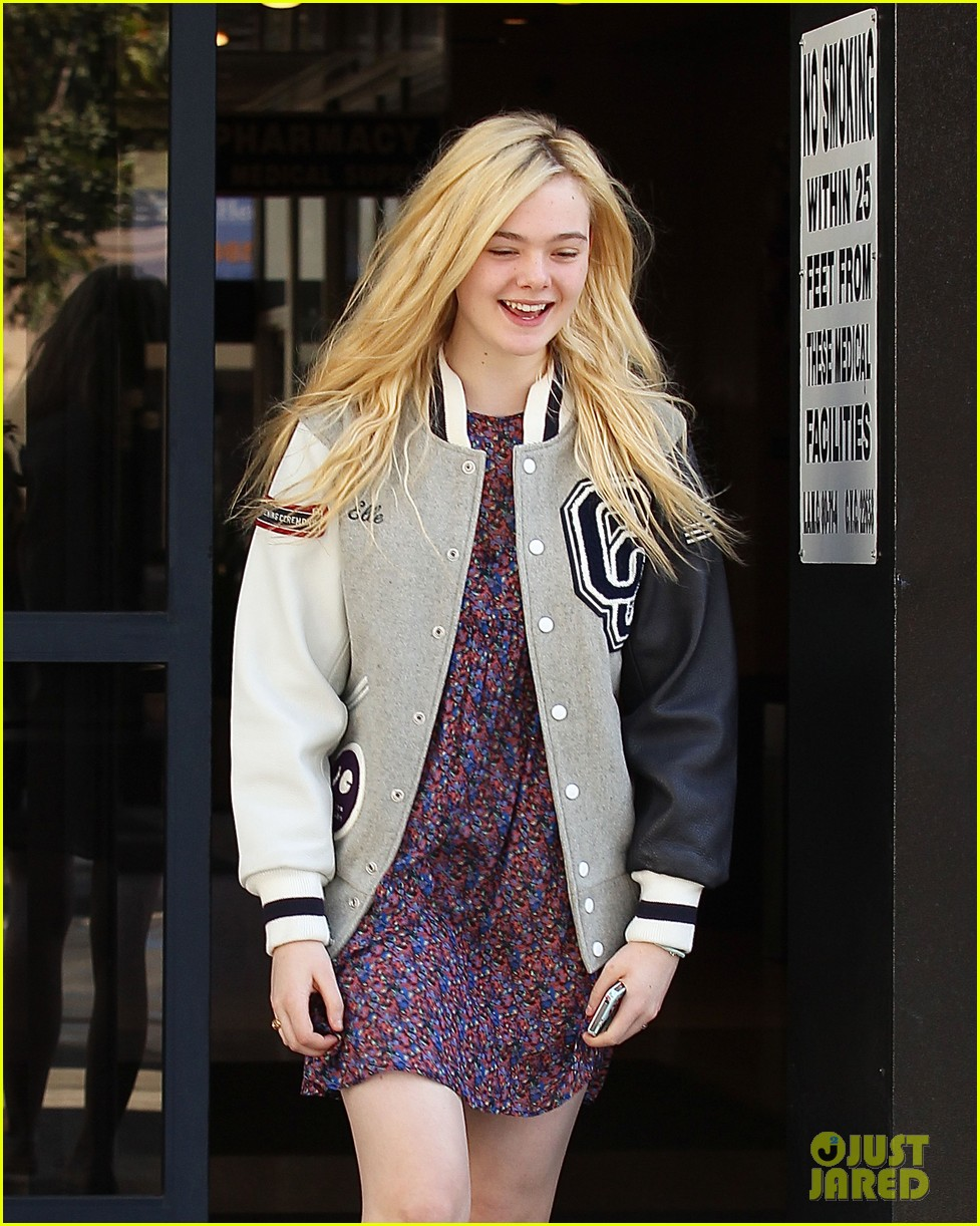 dakota fanning i told kristen stewart to watch duck dynasty 11