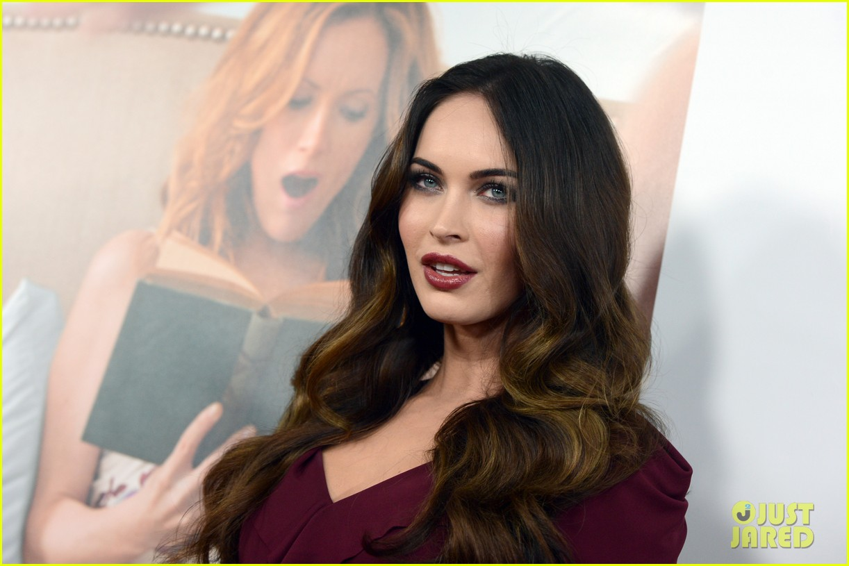megan fox this is 40 premiere paul rudd 19