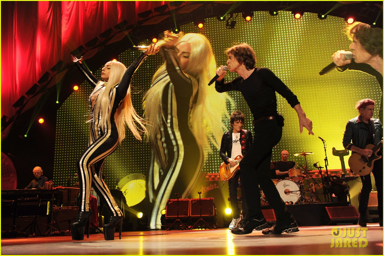 lady gaga rolling stones concert 01