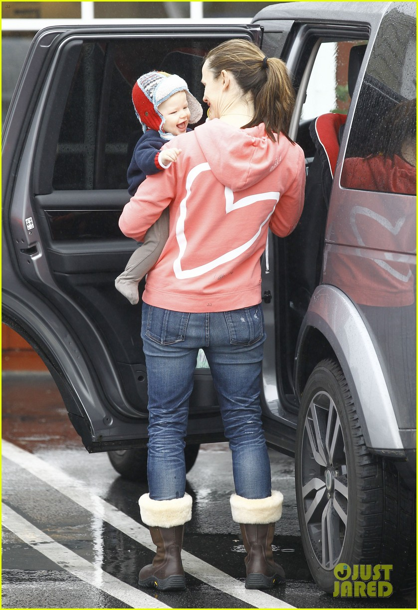 jennifer garner breakfast with bens mom 24