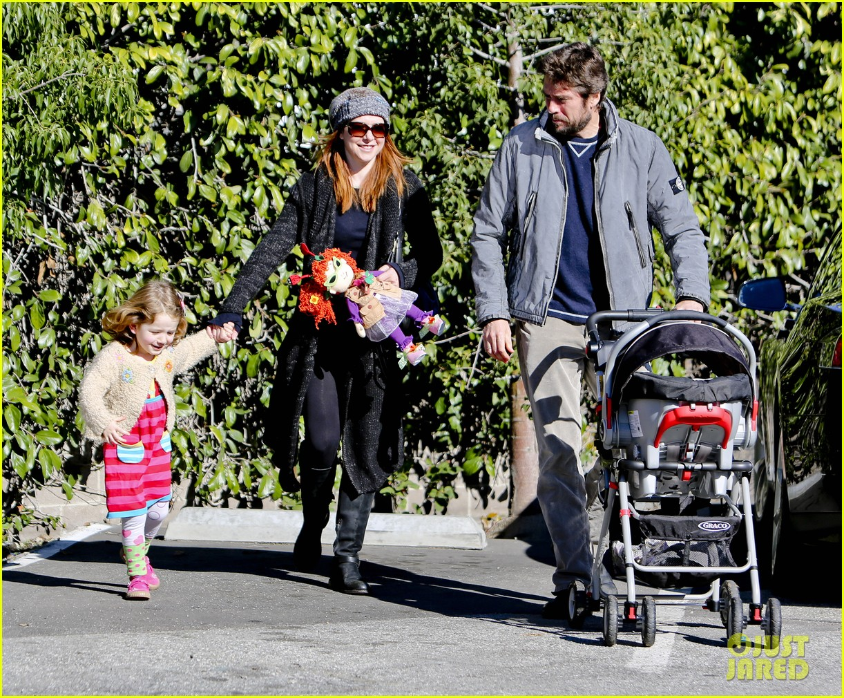 alyson hannigan family day out 092781580