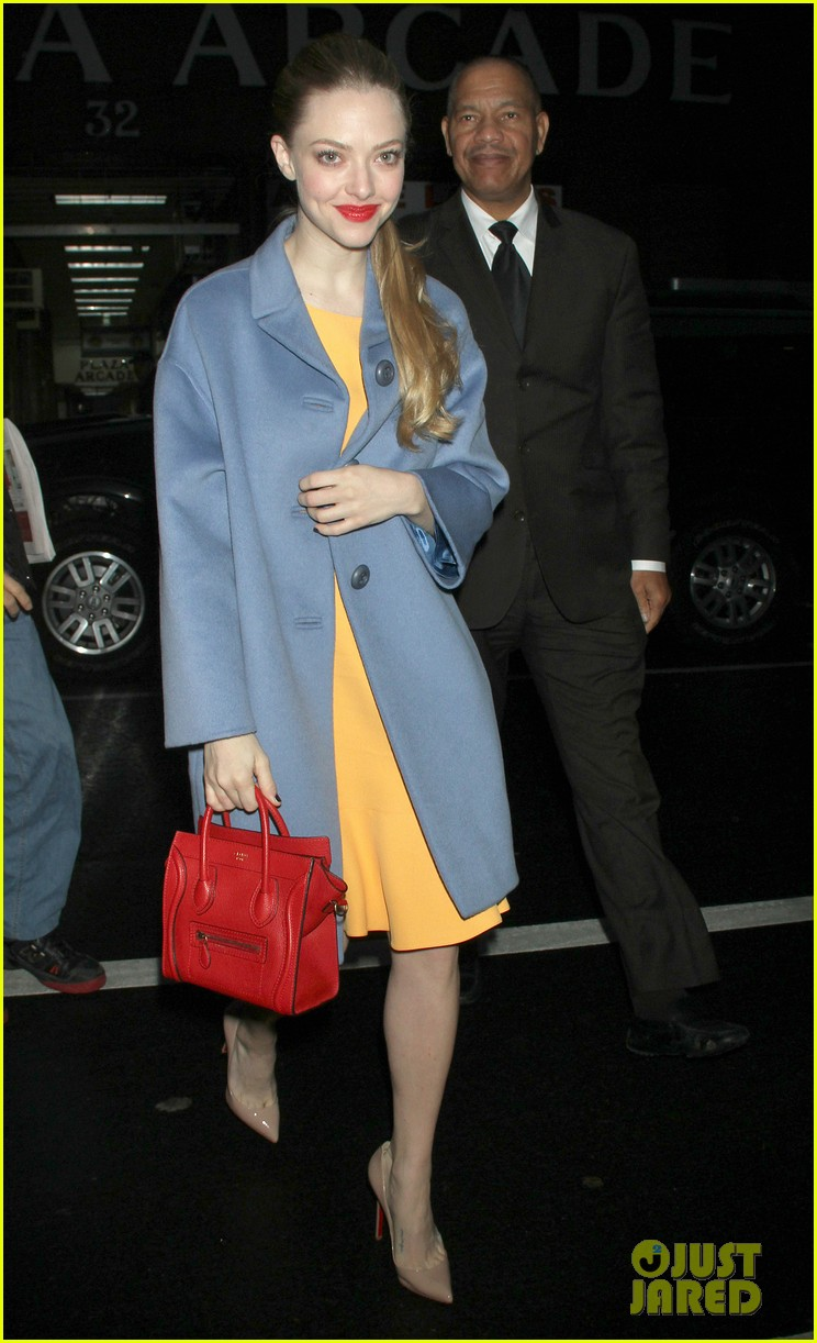 anne hathaway amanda seyfried les mis cast at today 10