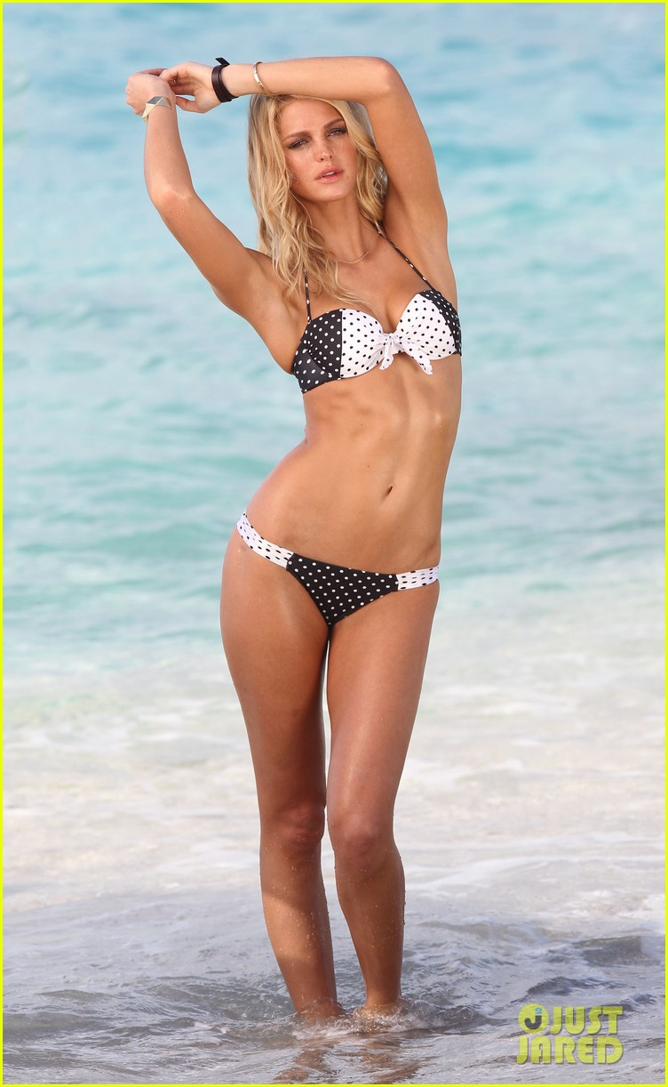 erin heatherton bikini photo shoot in st barts 09