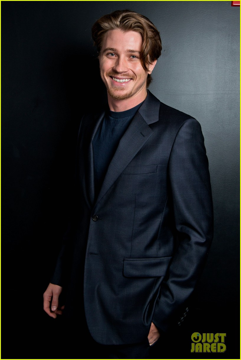 garrett hedlund on the road screening for the wrap 01