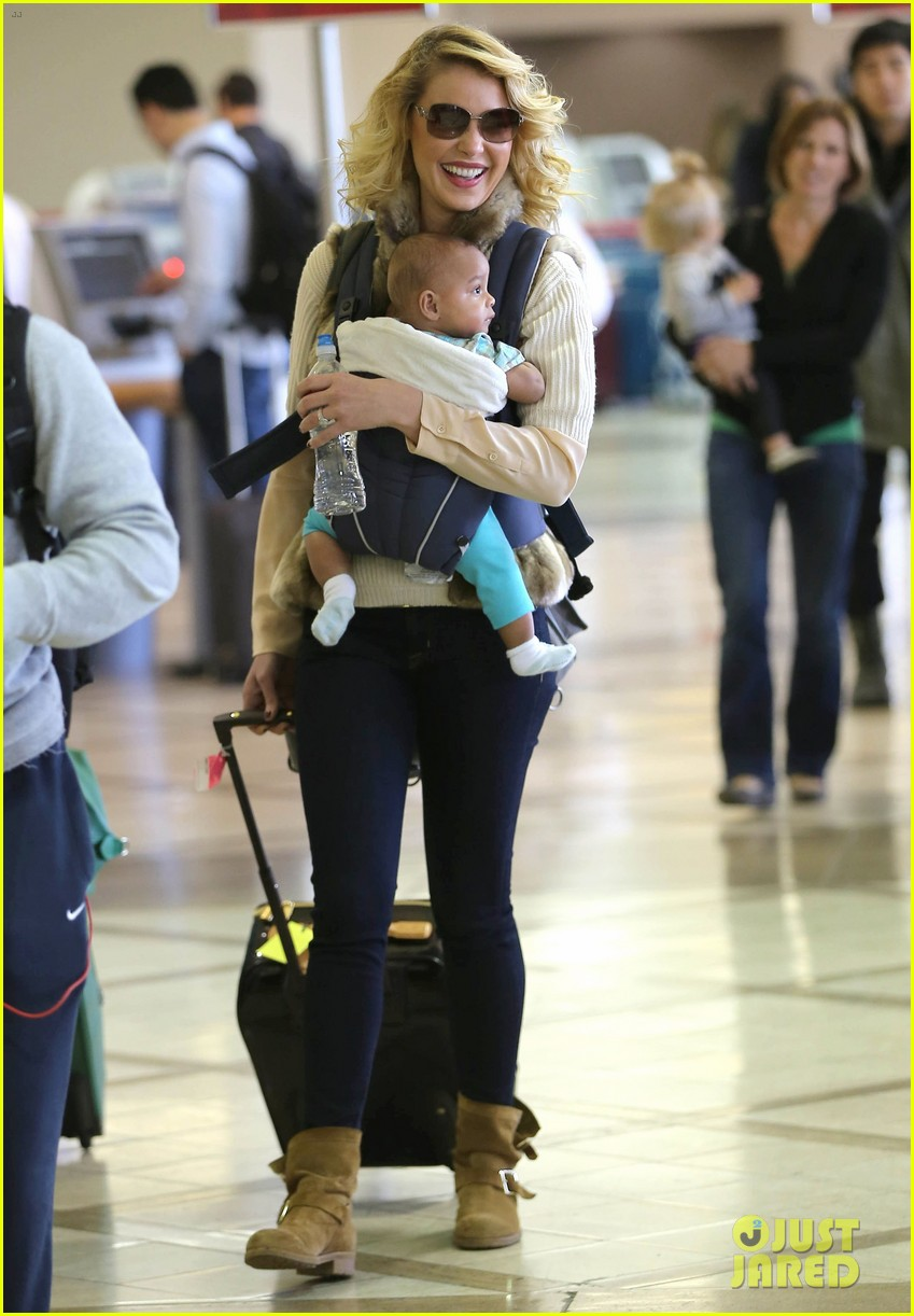 katherine heigl takes off with baby adalaide 18