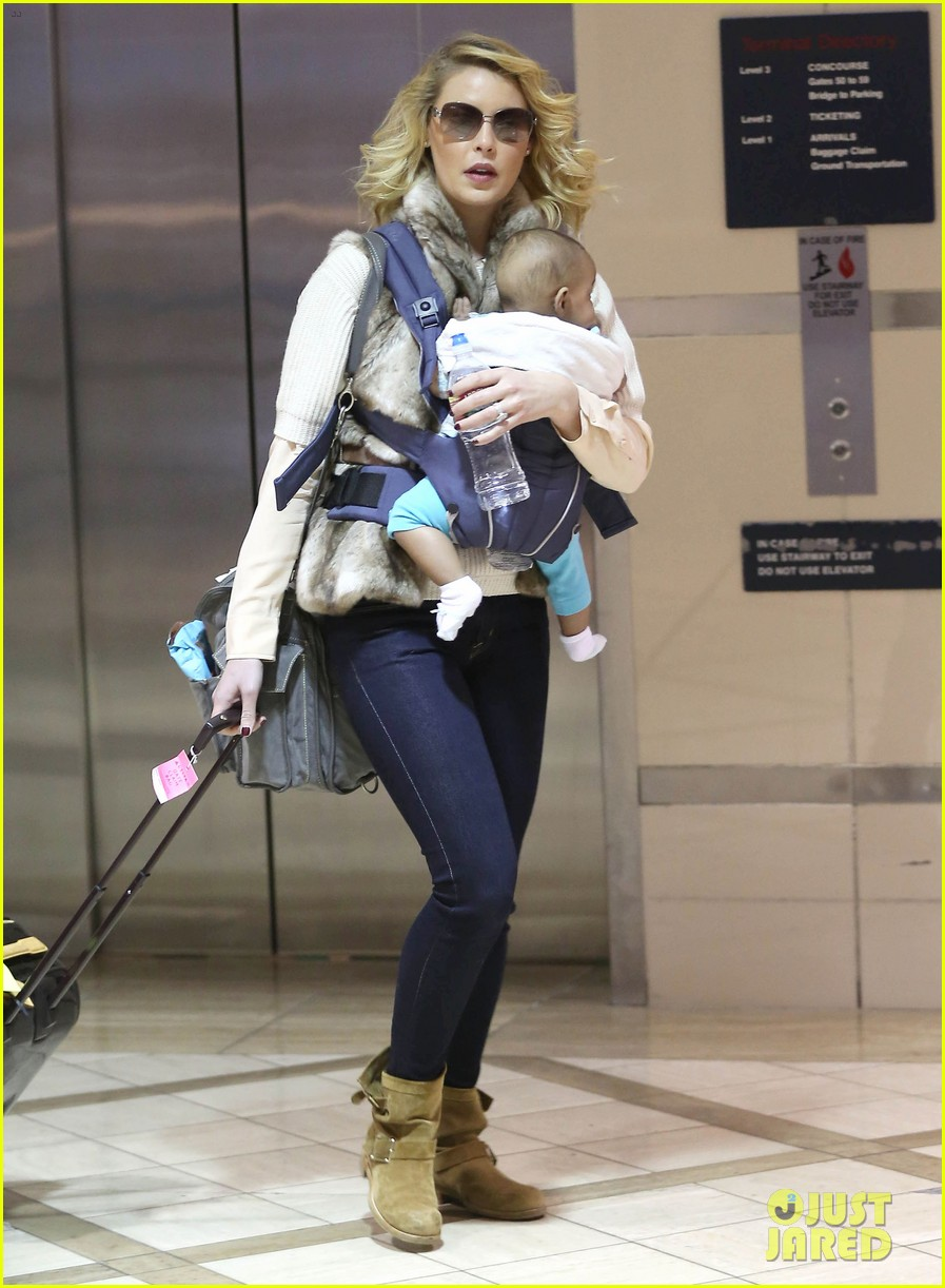katherine heigl takes off with baby adalaide 20