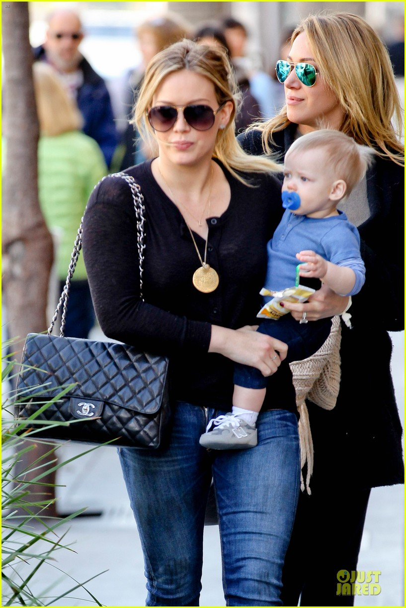 hilary duff & luca lunch with haylie 022779700