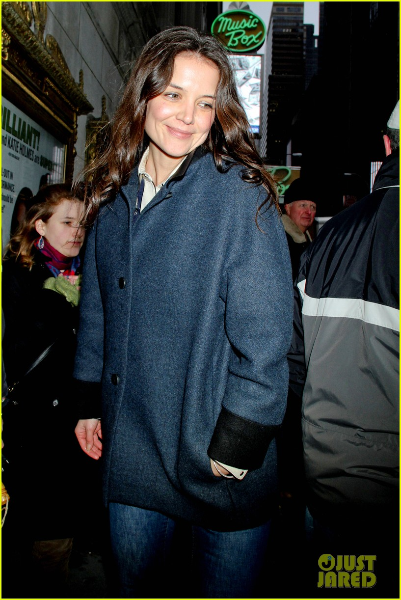 katie holmes dead accounts after christmas 042781148