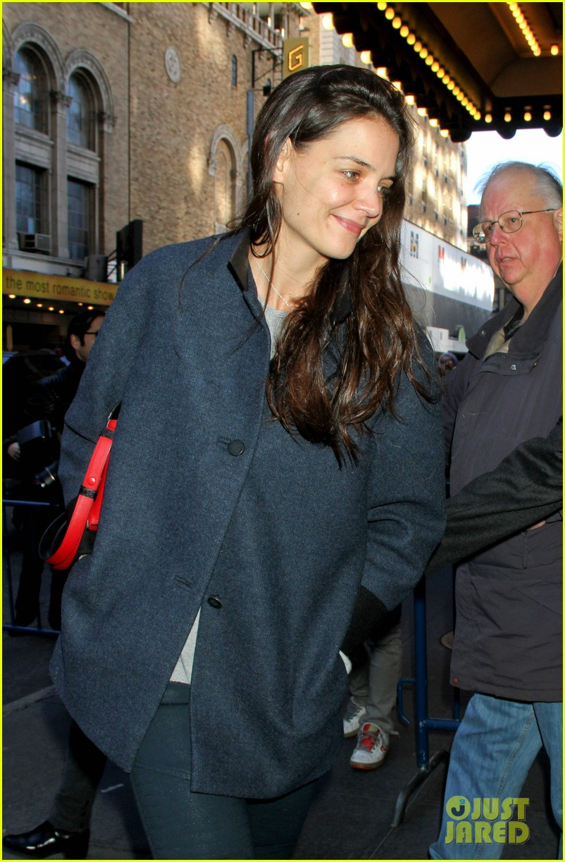 katie holmes back to work after birthday 04