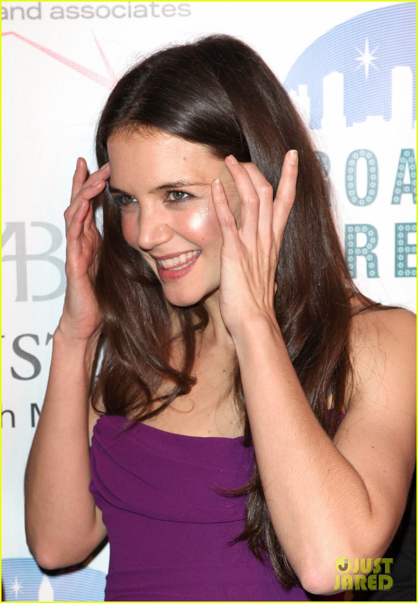 katie holmes broadway dreams foundation gala 04