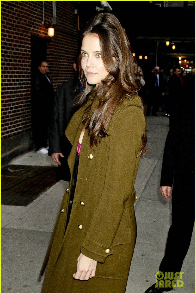 katie holmes david letterman appearance tonight 022778873