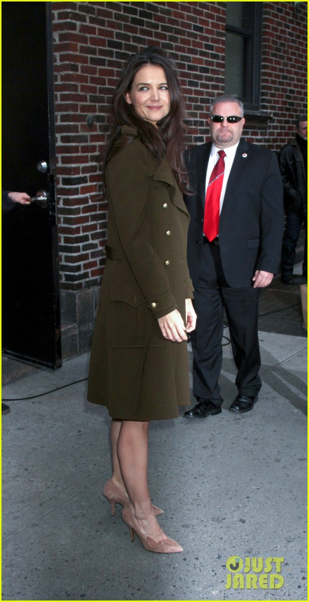 katie holmes david letterman appearance tonight 182778889
