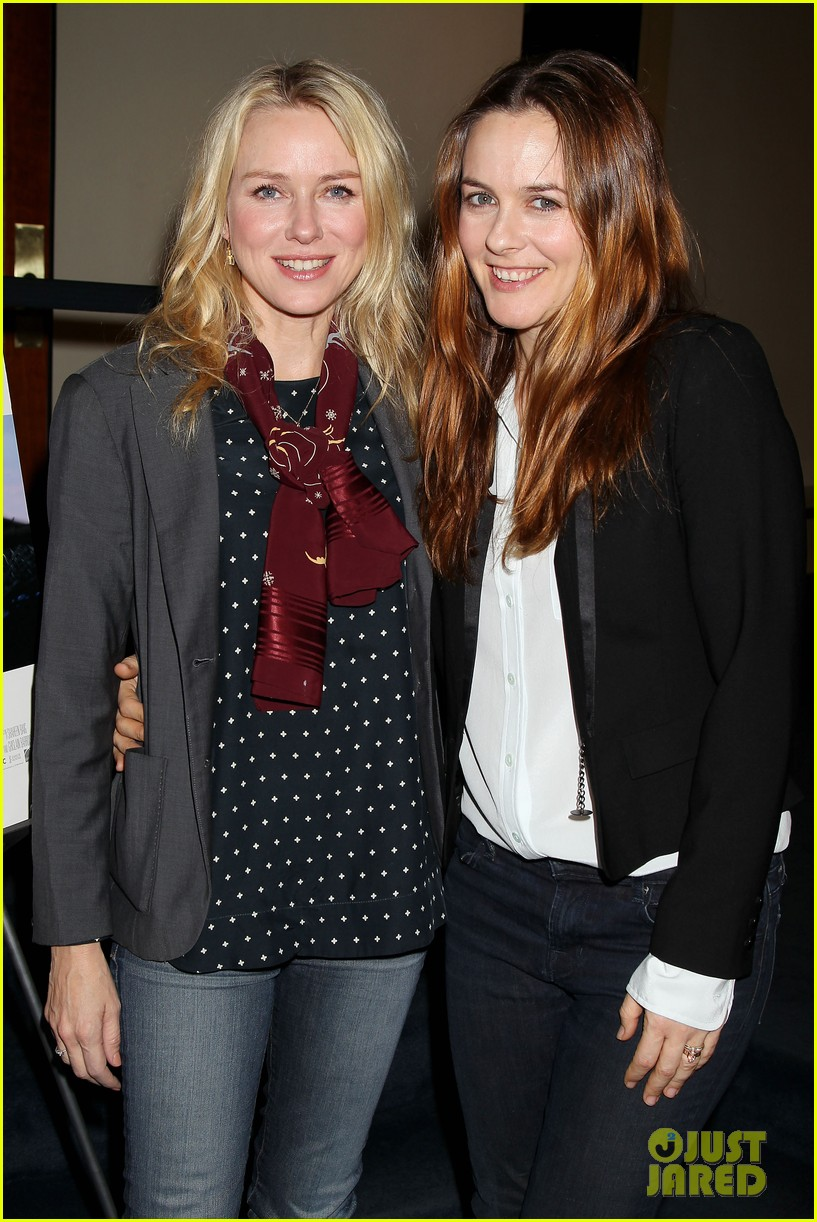 kate hudson the impossible screening with naomi watts 04