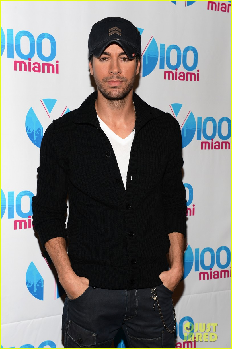 enrique iglesias anna kournikova y100 jingle ball 2012 07