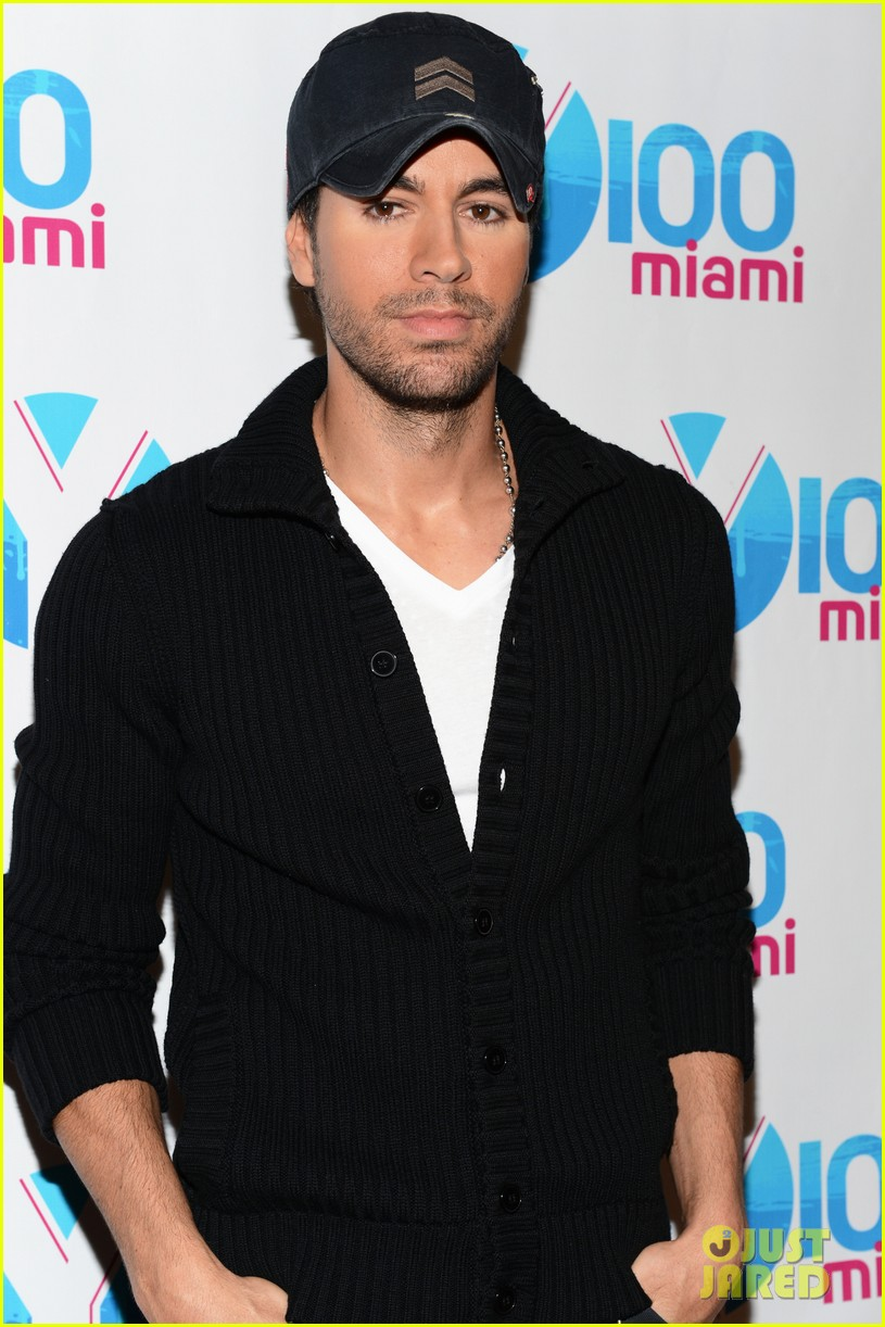 enrique iglesias anna kournikova y100 jingle ball 2012 08