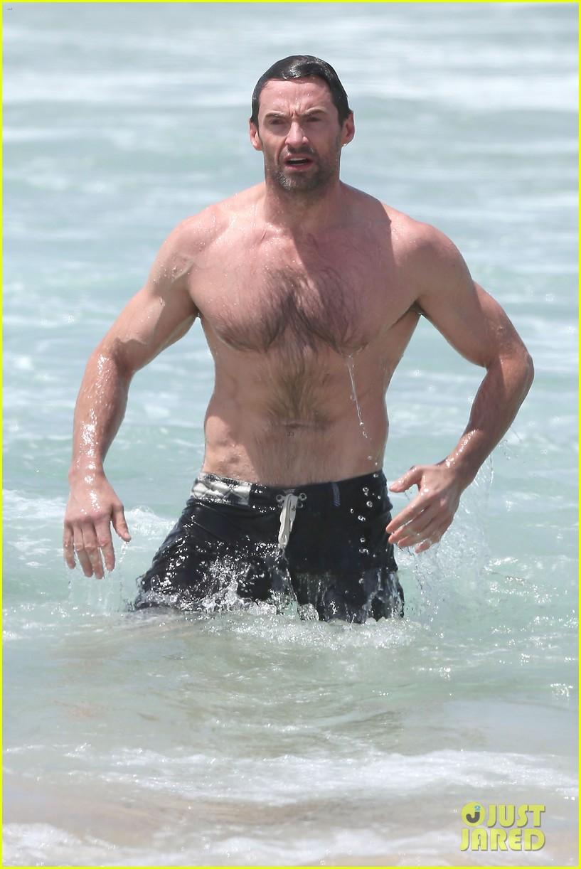 hugh jackman shirtless stud at bondi beach 02
