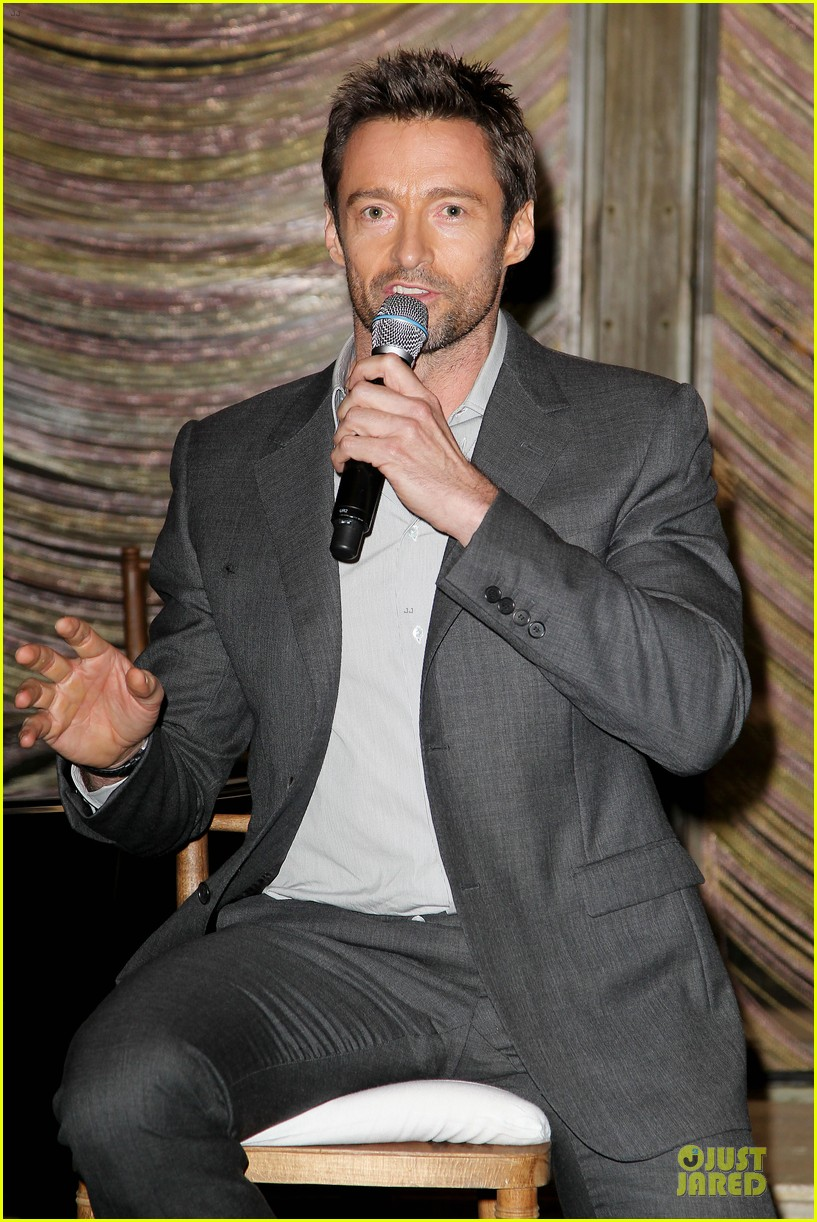 hugh jackman & eddie redmayne les miserables luncheon 30