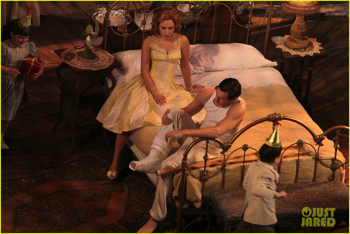 scarlett johansson cat on a hot tin roof performance 06