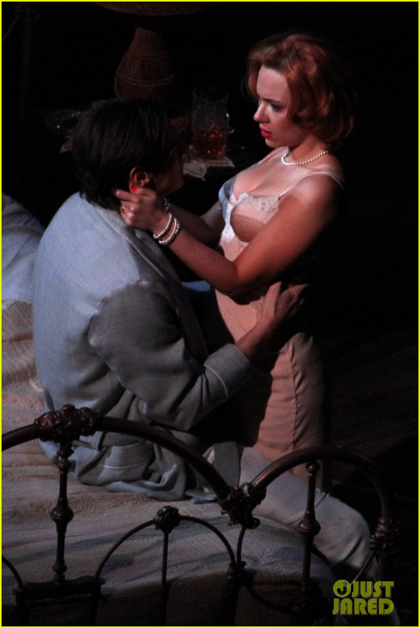 scarlett johansson cat on a hot tin roof performance 092779160