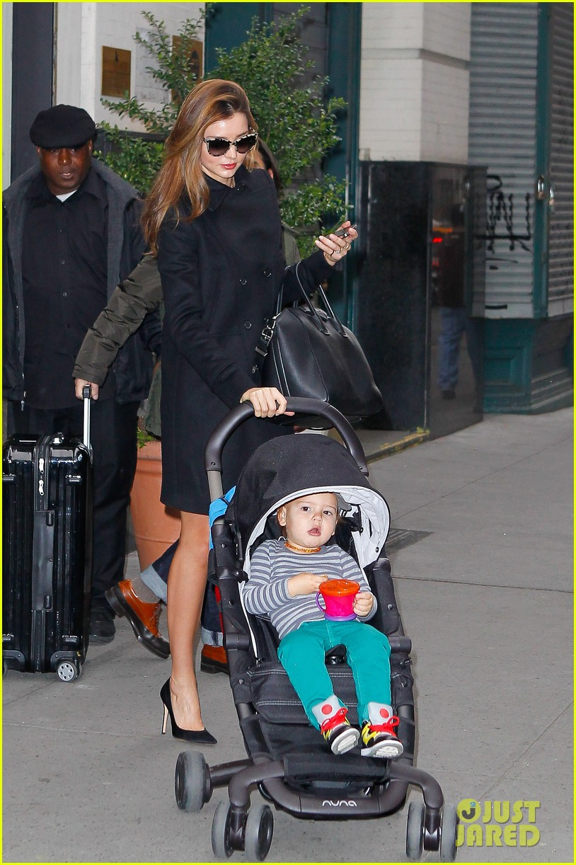 miranda kerr manhattan business mom 03