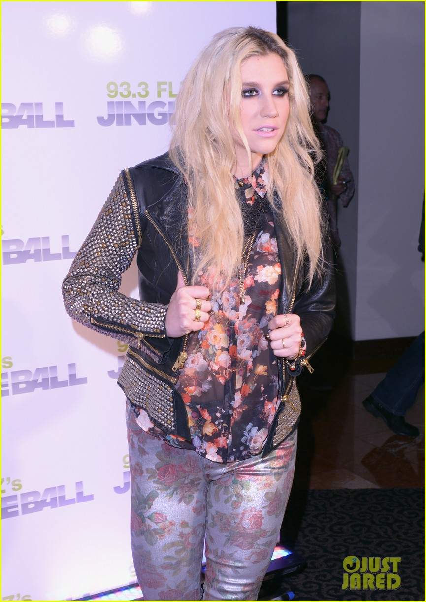 kesha justin bieber jingle ball in tampa 12