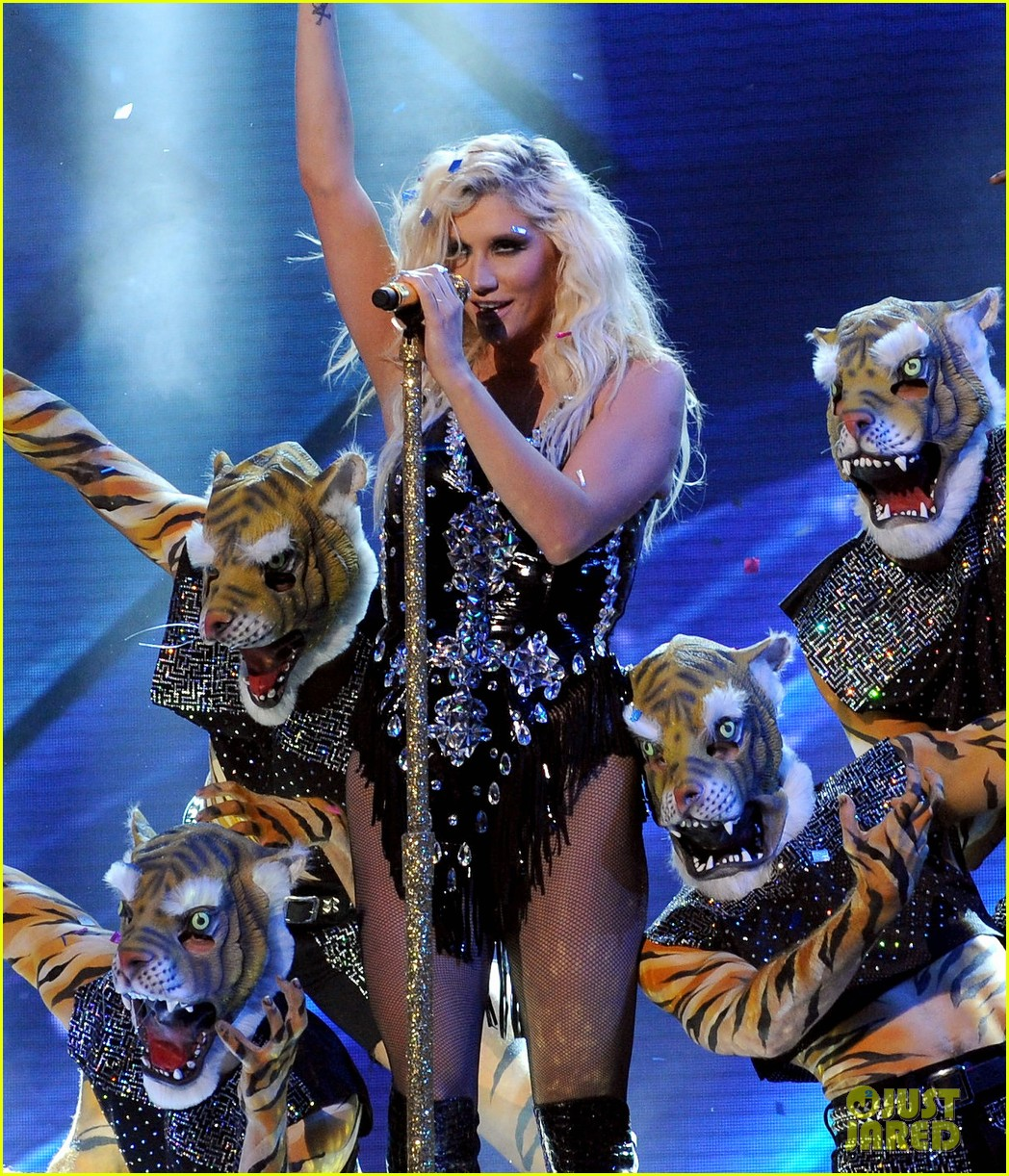 kesha performs cmon on the x factor watch now 05