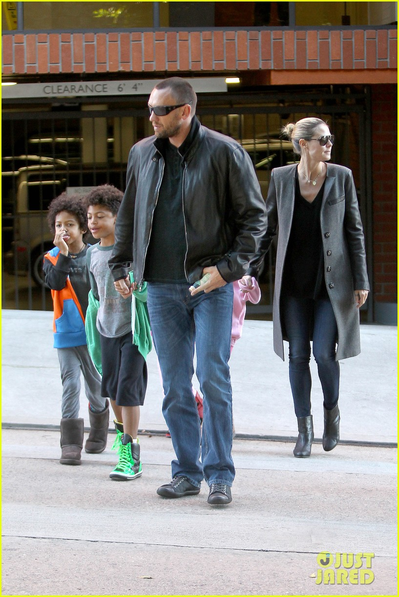 heidi klum martin kirsten lunch groceries with the kids 21
