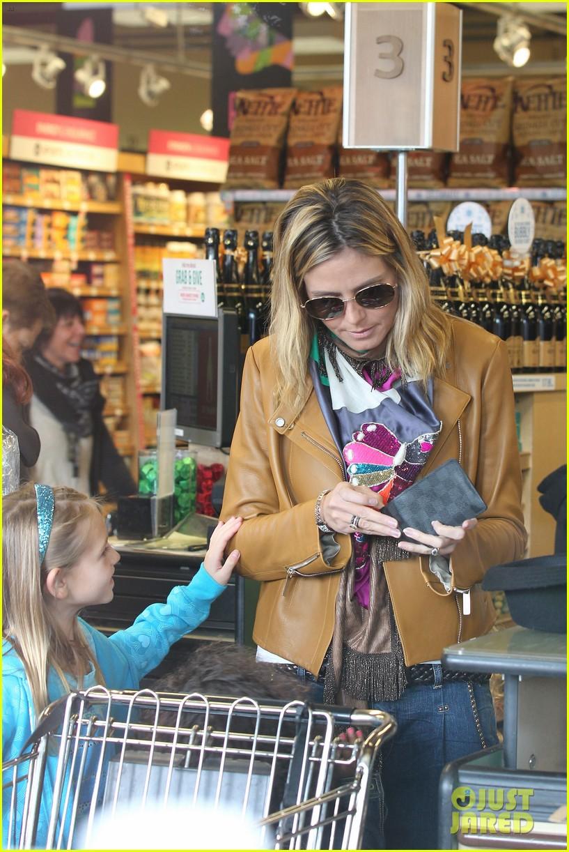 heidi klum martin kirsten grocery shopping with girls 12