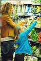 heidi klum martin kirsten grocery shopping with girls 30